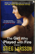 Larsson, Stieg: The girl who played with fire : Millennium II, 2009